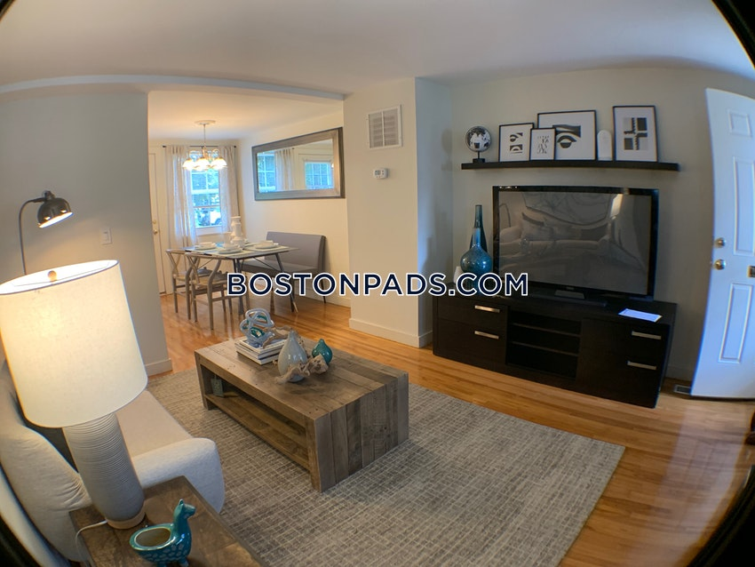 WALTHAM - 2 Beds, 1 Bath - Image 5