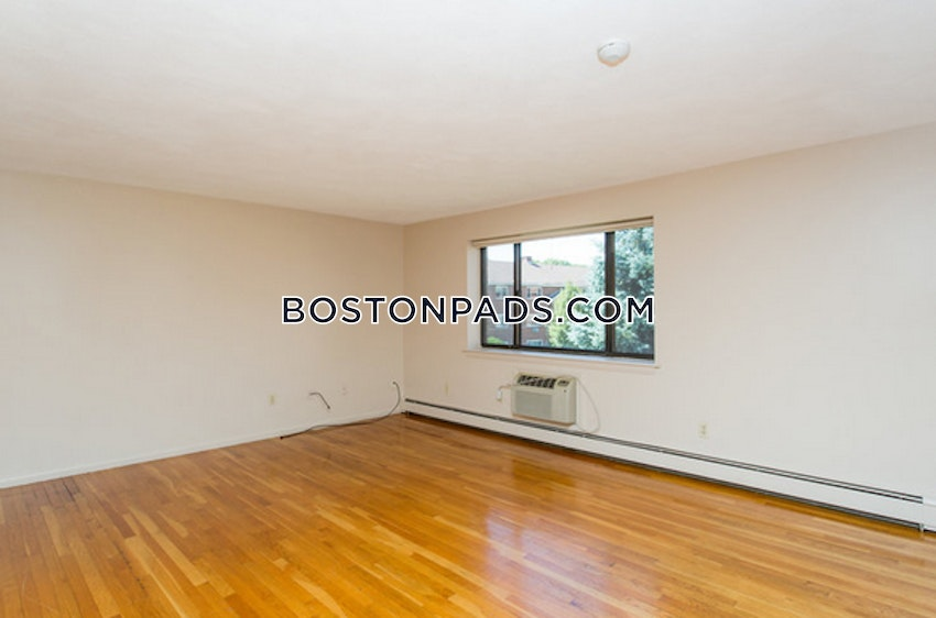 WALTHAM - 2 Beds, 1 Bath - Image 7