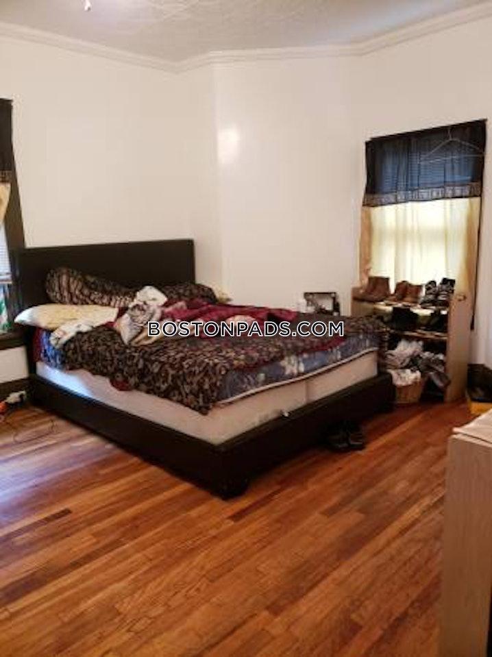 Woburn - 1 Bed, 1 Bath - $1,600